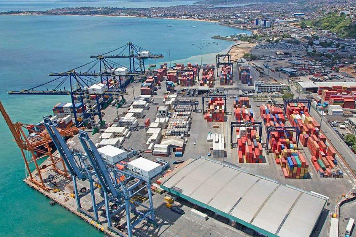 [Caso Tecon: Com mandado de segurança, Caique de Jesus Oliveira tenta paralisar as obras do Terminal de Containers]