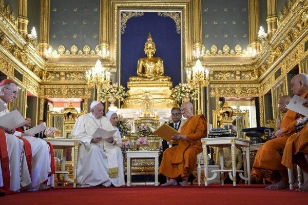 [ Papa Francisco pede proteção à dignidade das crianças vítimas de exploração sexual na Tailândia]