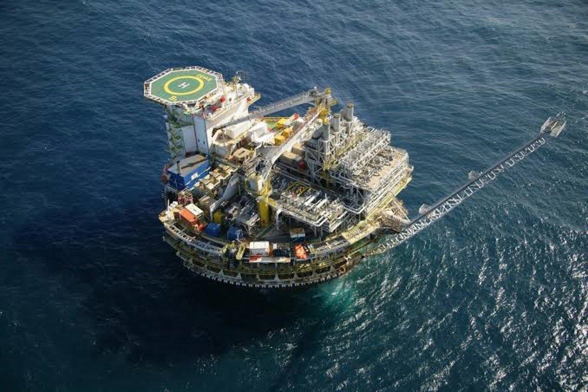 [Produção de petróleo do pré-sal tem aumento de 4,6% de setembro a outubro]