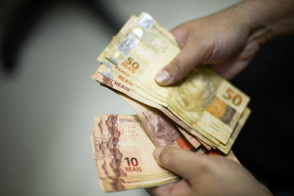 [Feirão para negociação de dívidas acontece a partir de terça (3) em Salvador]