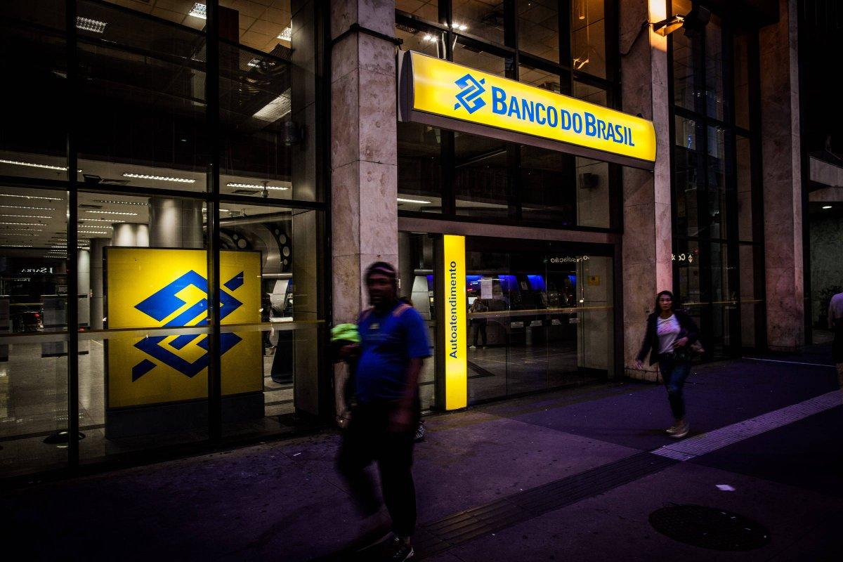 [Após acordo com a Fenaban, bancários não vão trabalhar aos sábados]