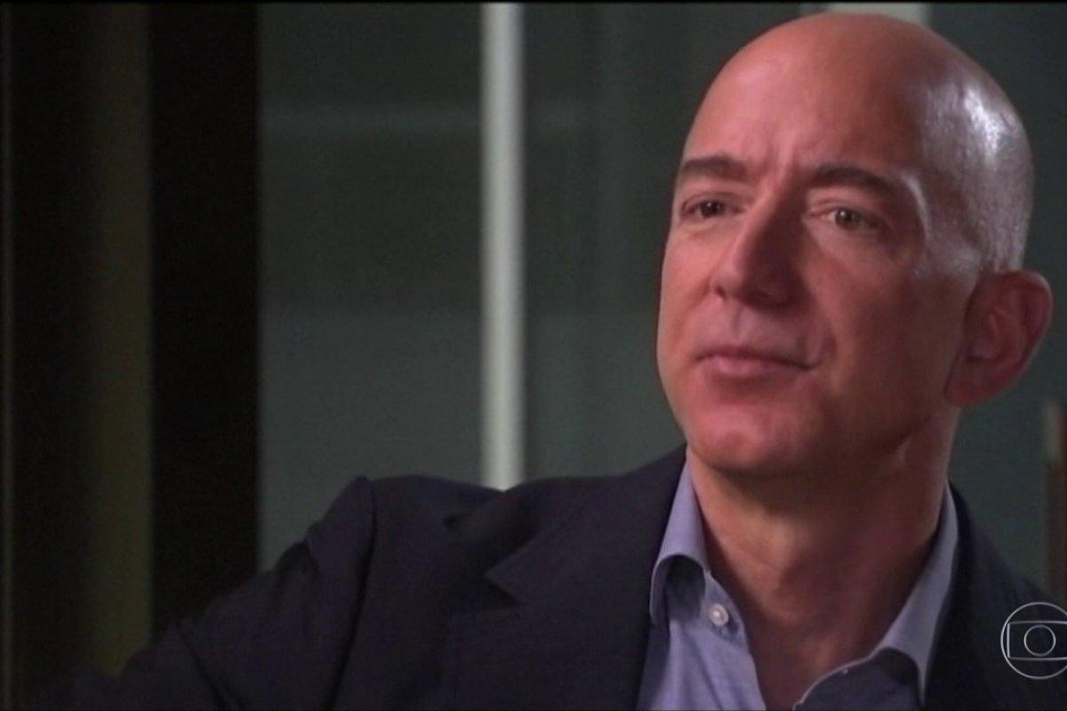 [Jeff Bezos compra casa mais cara de Los Angeles]