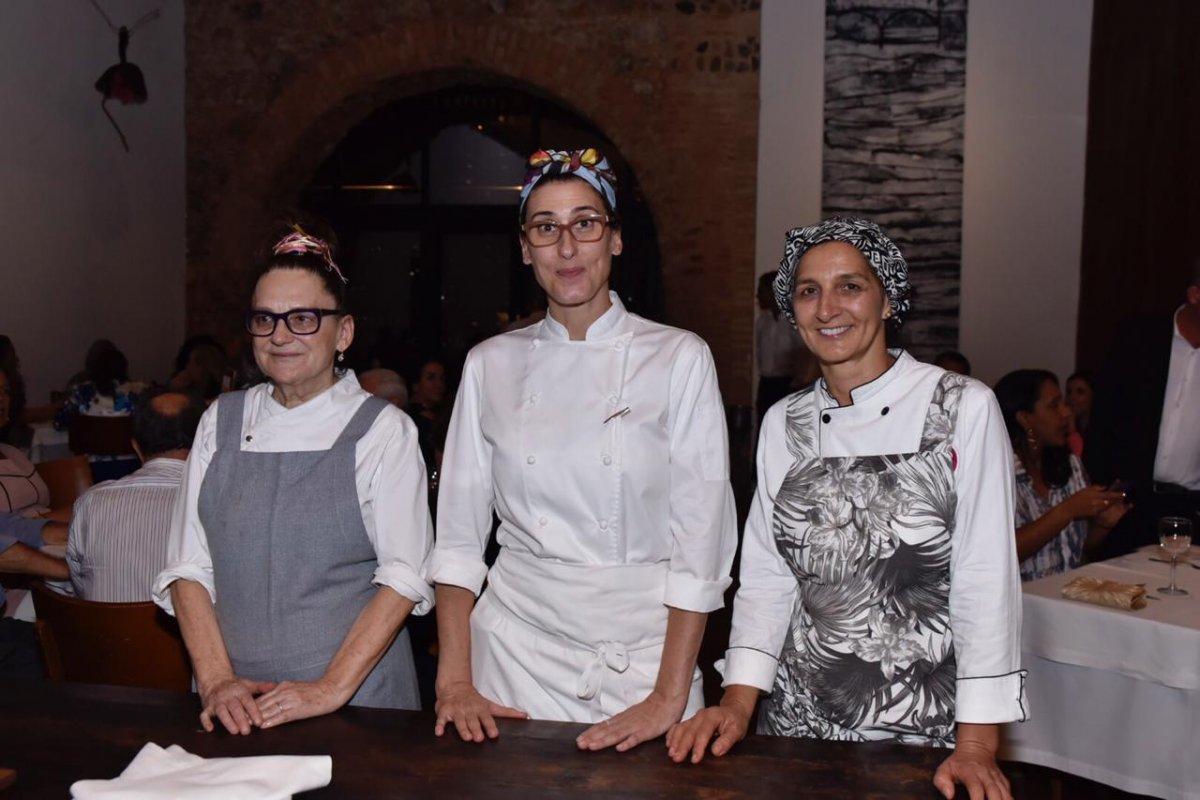 [Chefs Paola Carosella, Mara Salles, Neide Rigo promoveram agito na capital baiana!]