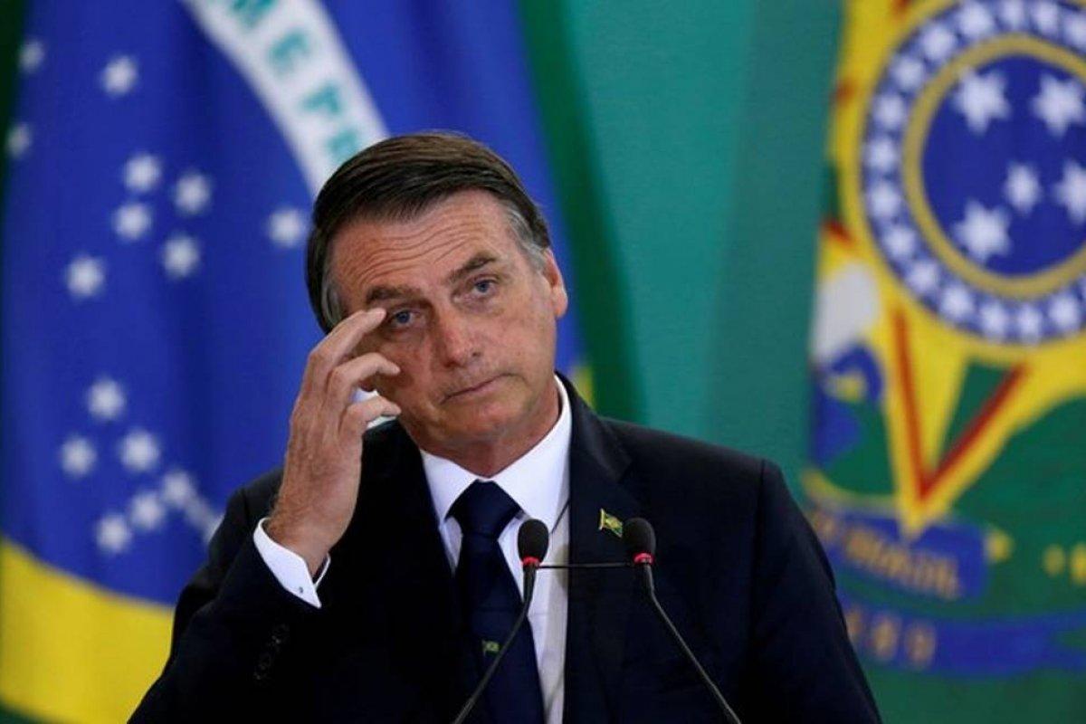 [Bolsonaro autoriza abertura das Casas Lotéricas em todo o país]