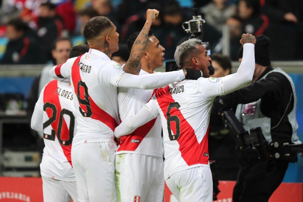 [Peru goleia Chile e faz final da Copa América com Brasil]