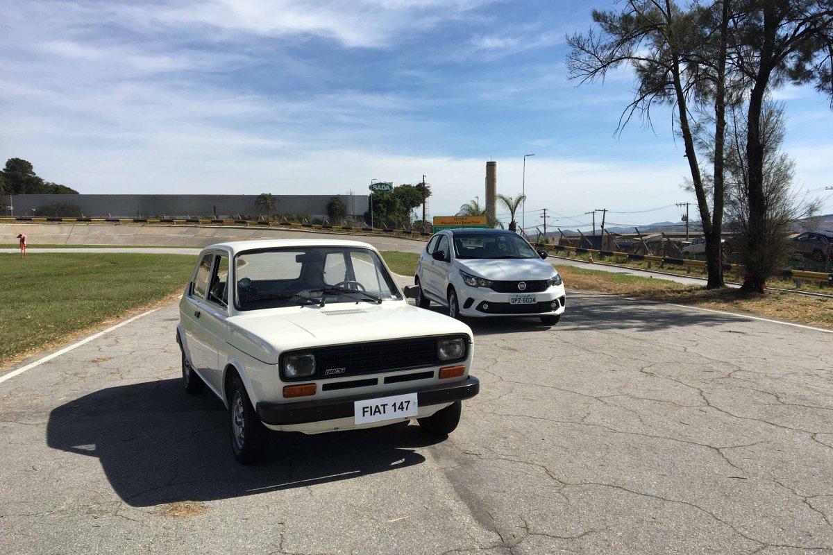 [Fiat realiza homenagem aos 40 anos do Fiat 147 a álcool]