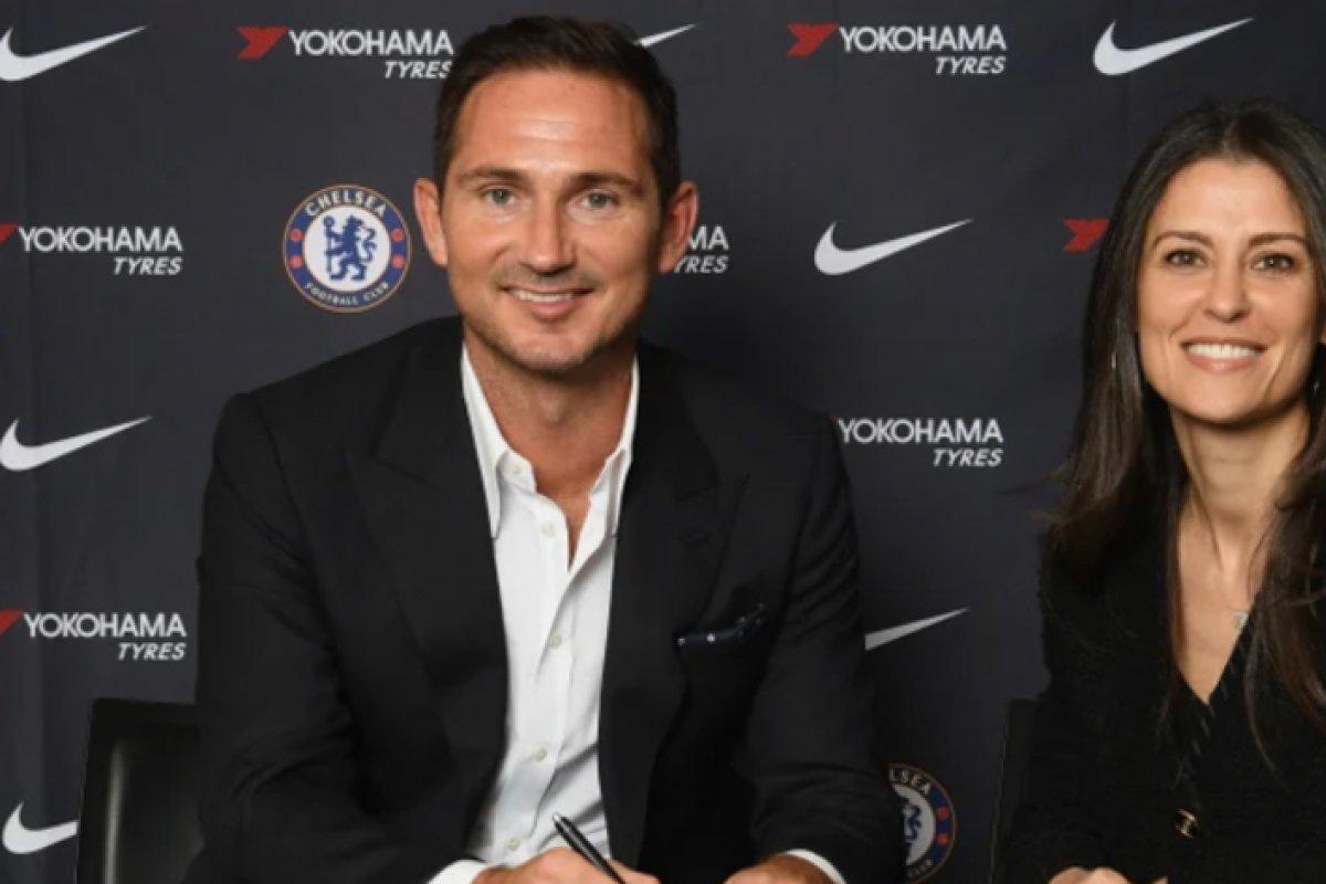 [O retorno do ídolo: Chelsea anuncia Lampard como novo técnico ]