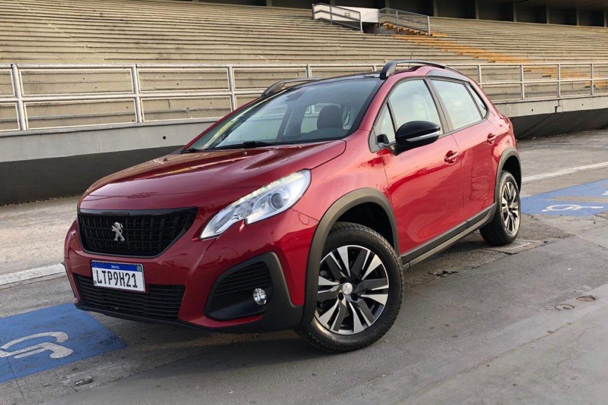 [Rodamos com o novo Peugeot 2008 com motor 1.6 AT6]