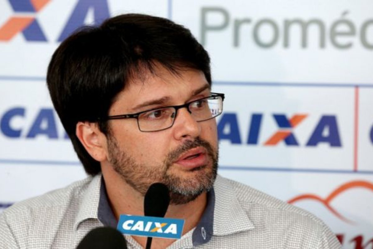 [Bellintani critica MP que altera direito de transmissão do futebol]