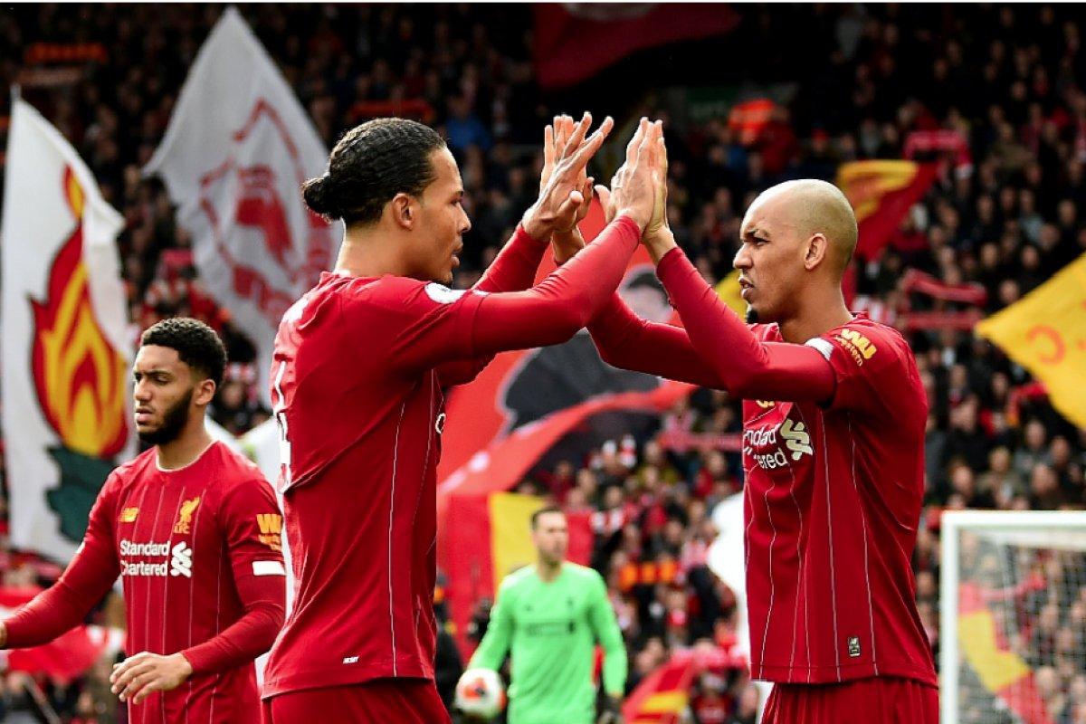 [Liverpool é campeão inglês com seis rodadas de antecedência]