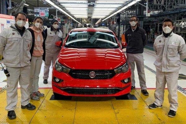 [Fiat Cronos: 100 mil unidades fabricadas na Argentina]