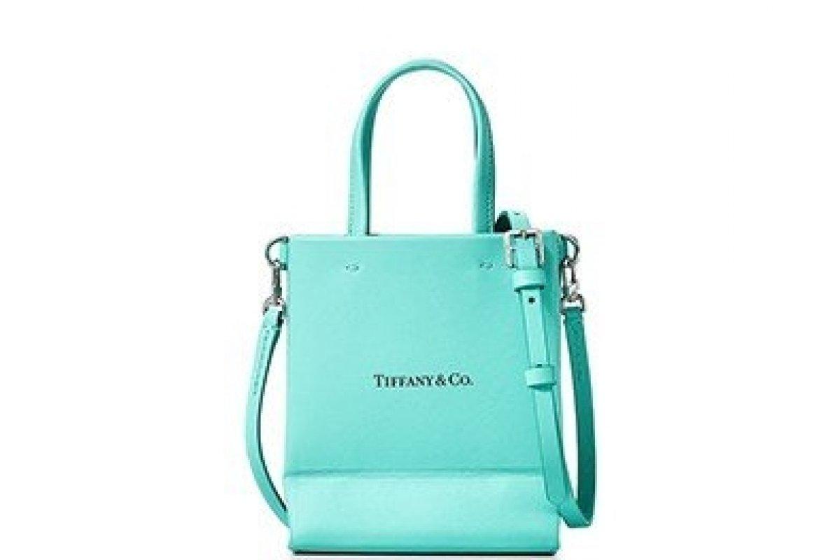 [Tiffany & Co. transforma sua sacola de compras em uma bolsa ]