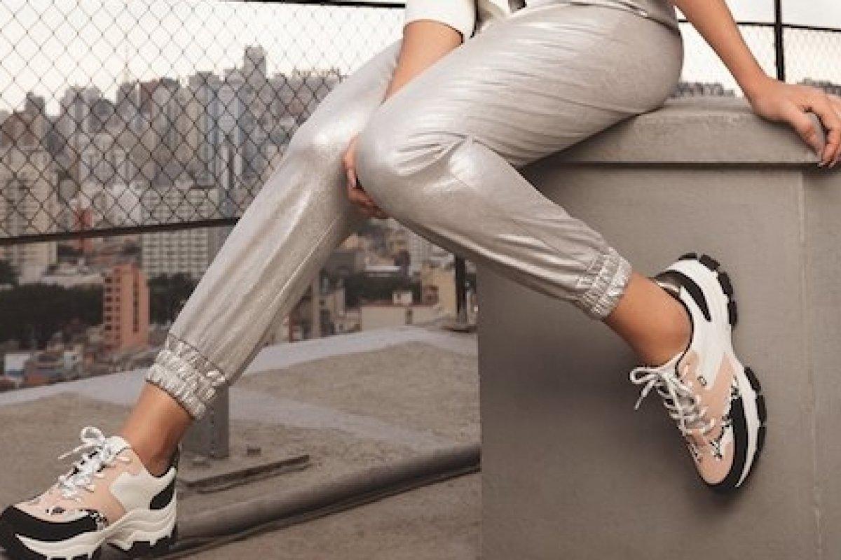 [Marca brasileira  revoluciona o mercado de calçados com lançamento de tênis antiviral e antibacteriano]