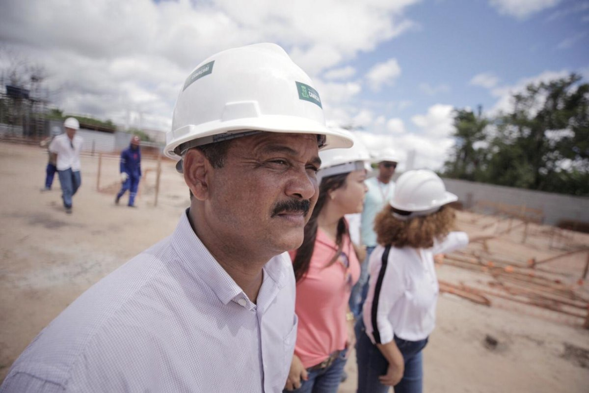 [Governo federal libera recursos para construção e revitalização de imóveis em Camaçari ]