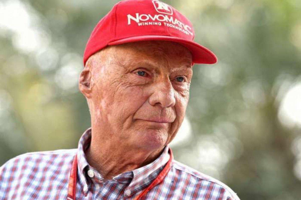 [Morre o ex-piloto da Fórmula 1 Niki Lauda]