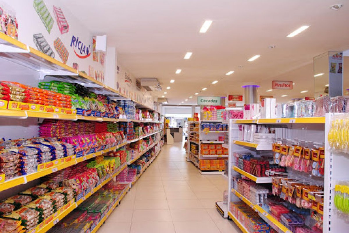 [MPT interdita distribuidora de doces em Feira de Santana, na Bahia, por 14 dias]