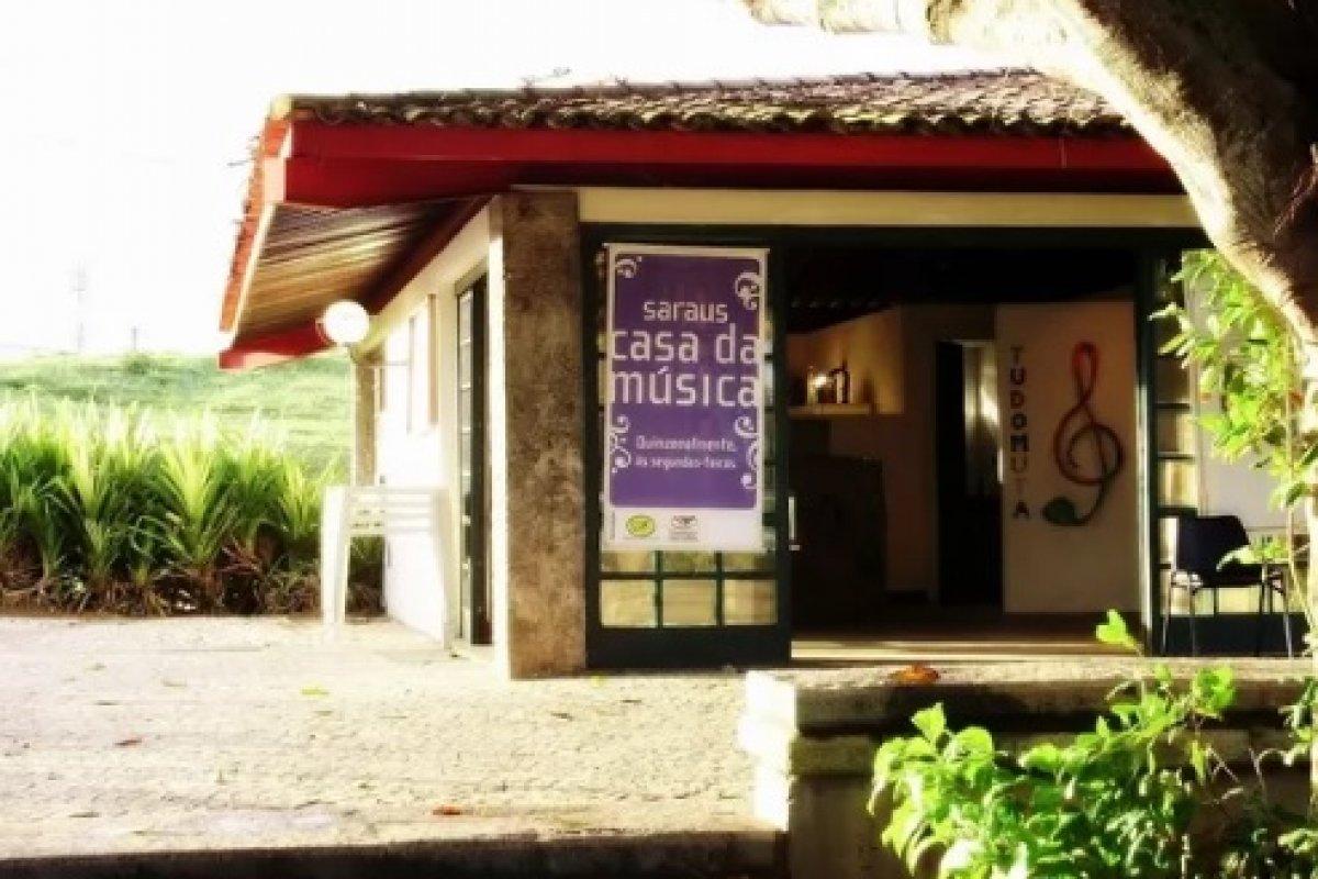 [Sarau gratuito reúne diversos gêneros musicais nesta segunda-feira (22), em Itapuã]