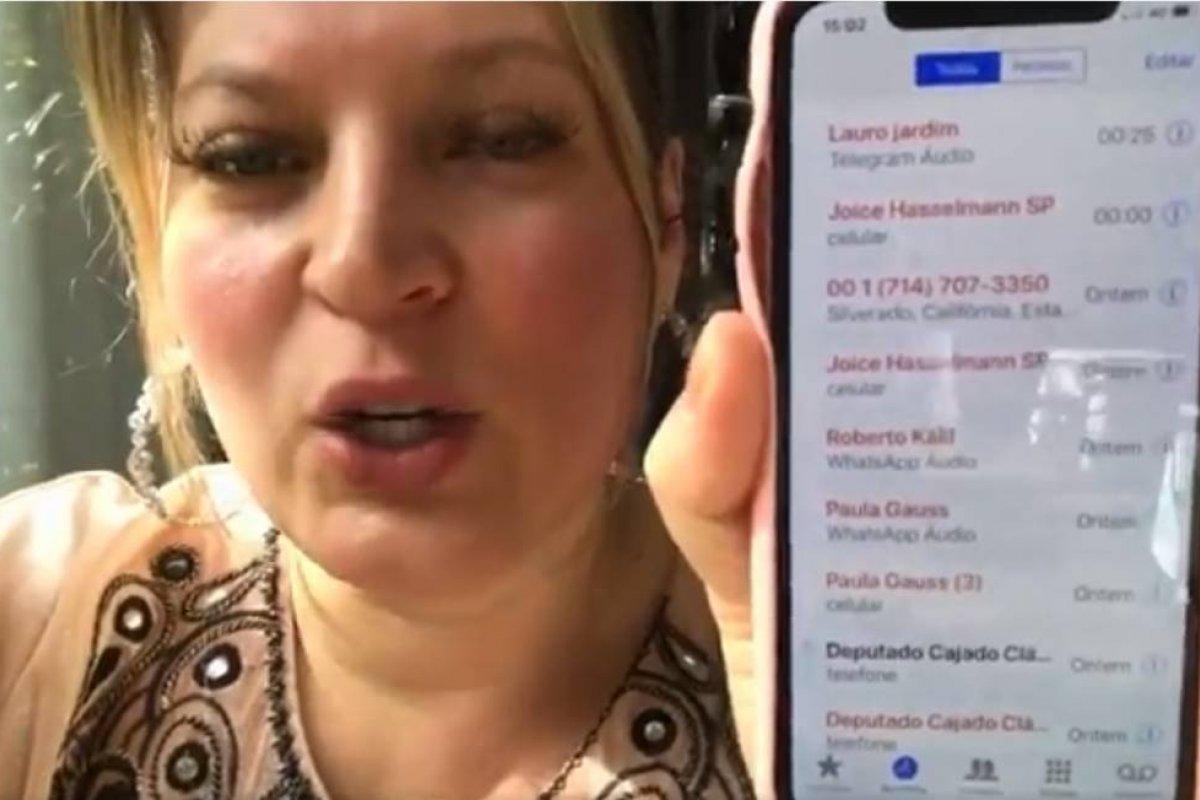 [Líder do Governo no Congresso, deputada Joice Hasselmann afirma que teve celular hackeado]