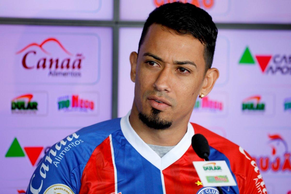 [Novo atacante do Bahia, Lucca é oficialmente apresentado no Fazendão]