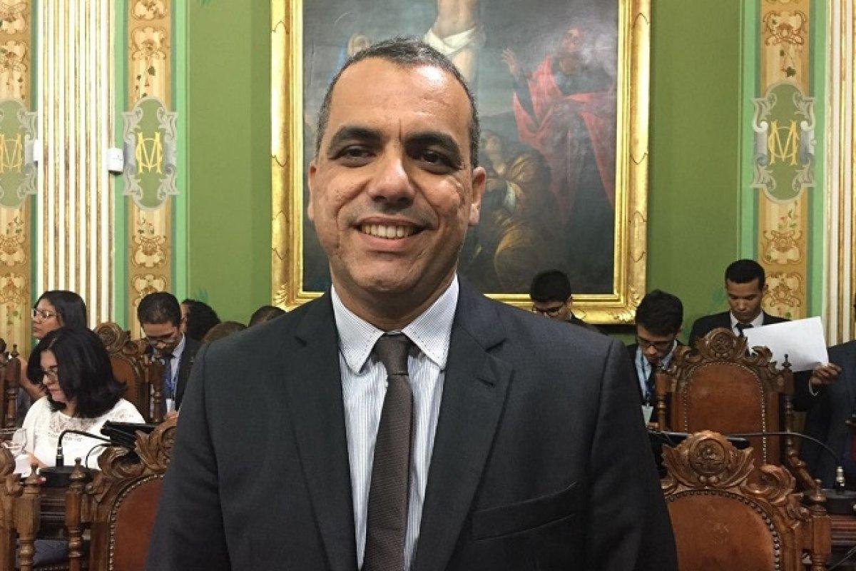 [Podcast: Confira a entrevista com o candidato à prefeitura de Salvador, Cezar Leite]