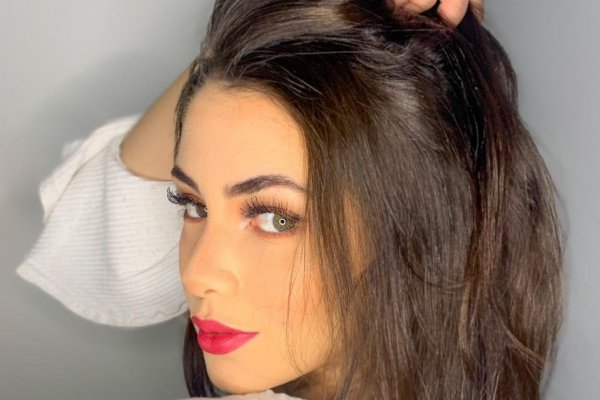 [Ellen Moraes mostra como a maquiagem certa ajuda a construir uma boa imagem no mundo dos negócios]