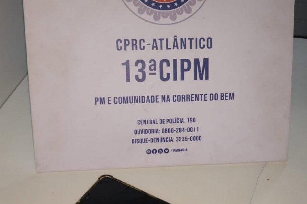 [Homem consegue recuperar celular roubado no bairro da Pituba, em Salvador]