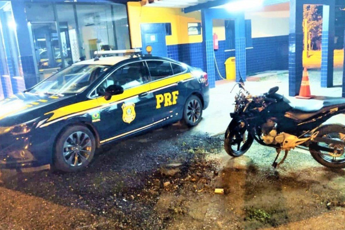 [Após acidente, PRF apreende motocicleta adulterada em Jequié ]