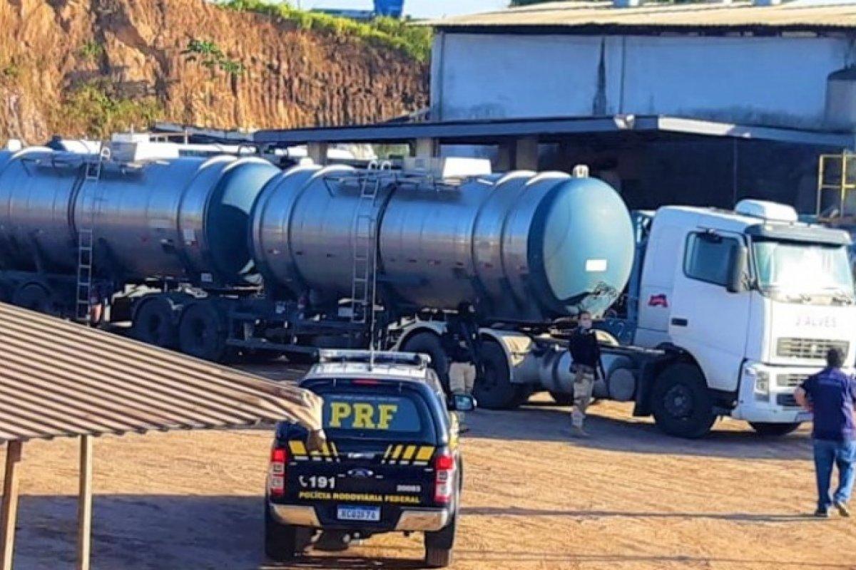 [PRF-BA participa de operação para combater grupo responsável por adulteração de combustível]