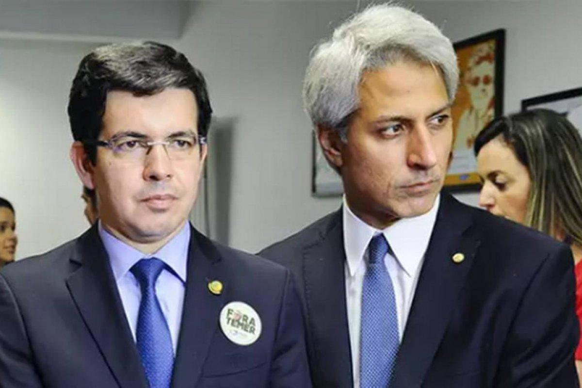 [Oposição articula CPI sobre suposto uso pessoal de instituições por Bolsonaro no caso de