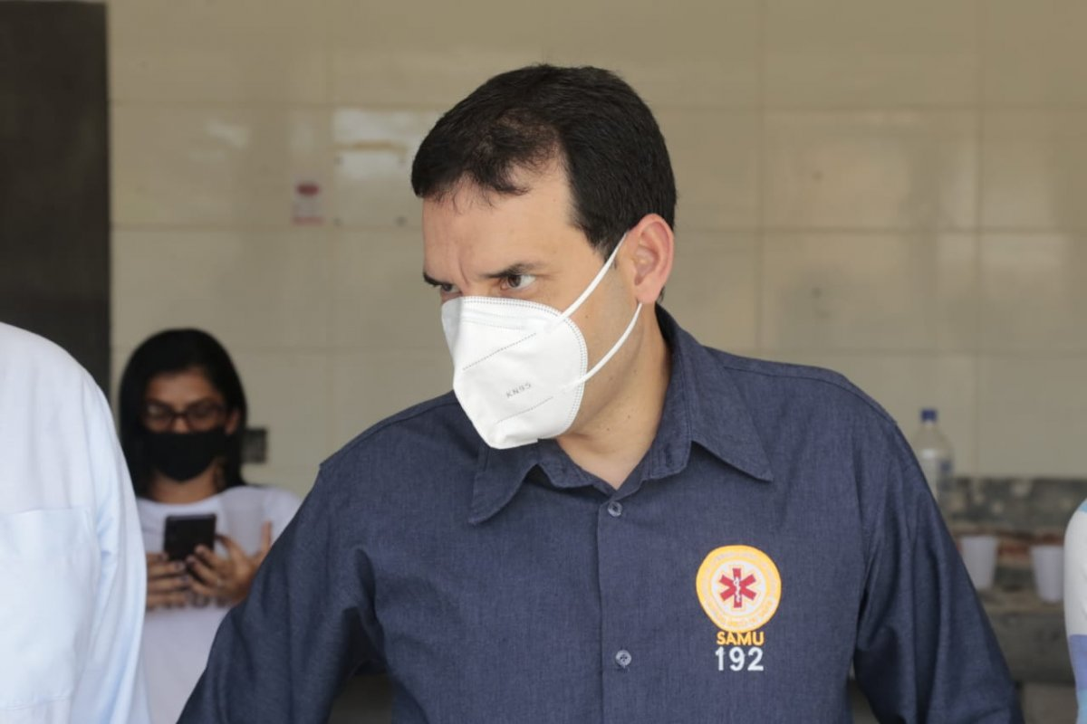 [Em rede social, Leo Prates confirma reabertura de 10 leitos de Covid no Hospital Municipal e mais 20 no Memorial]