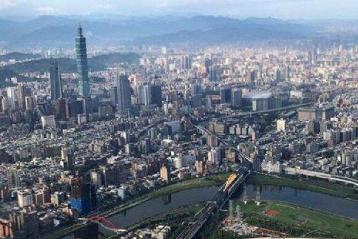 [Após terremoto, tufão deve atingir Taiwan ]