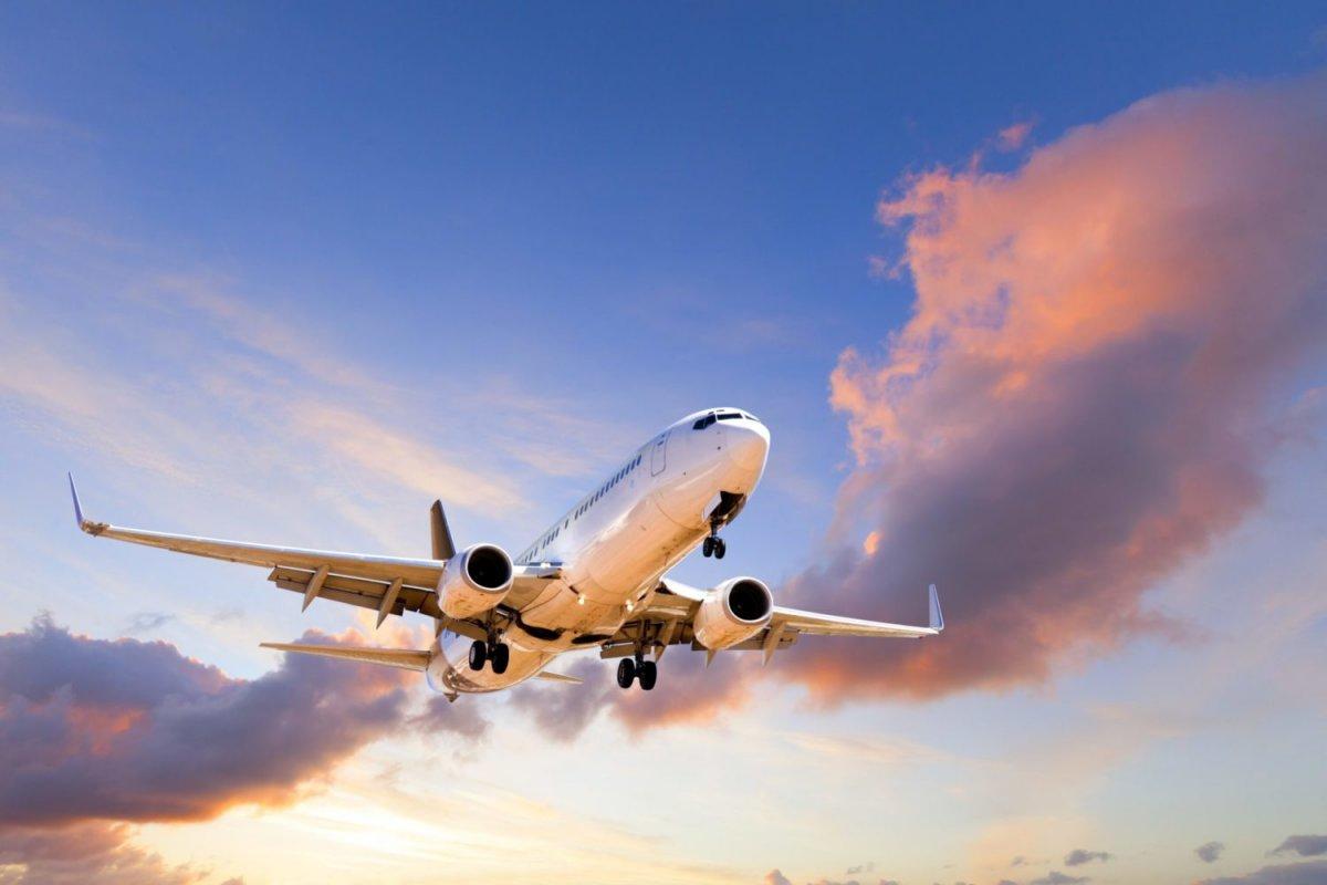[Pesquisa aponta que jovens lideram as viagens  de avião no Brasil]