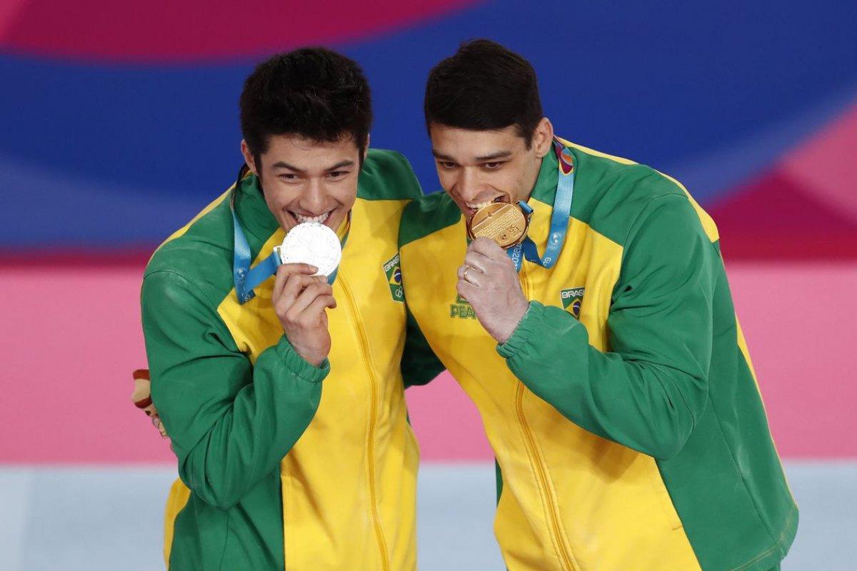 [Atletas militares conquistam mais da metade das medalhas brasileiras no Pan de Lima]