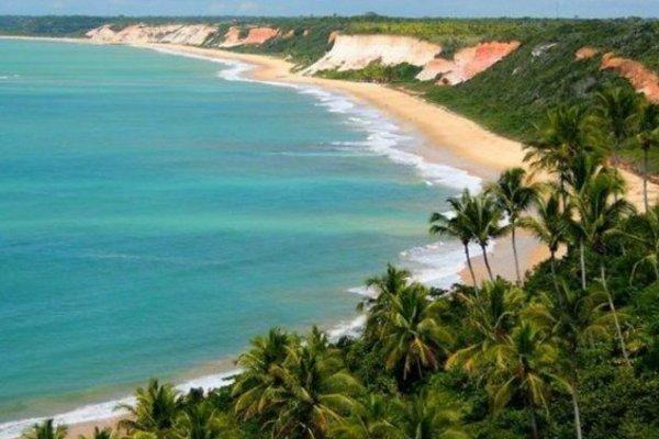 [Ministério do Turismo oferece R$ 500 mil à Bahia para promoção de viagens internas]