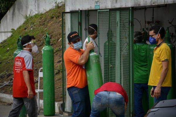 [Ministério consegue oxigênio para 61 recém-nascidos em Manaus]