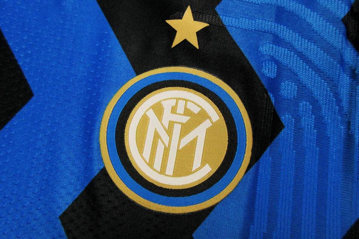 [Internazionale oficializa mudanças de nome para Inter de Milão e anuncia nova logo para 2021]