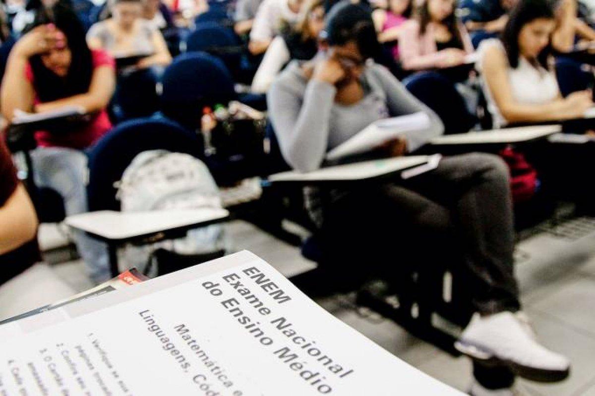 [MEC: Com novos convênios, 41 universidades de Portugal aceitam o Enem ]