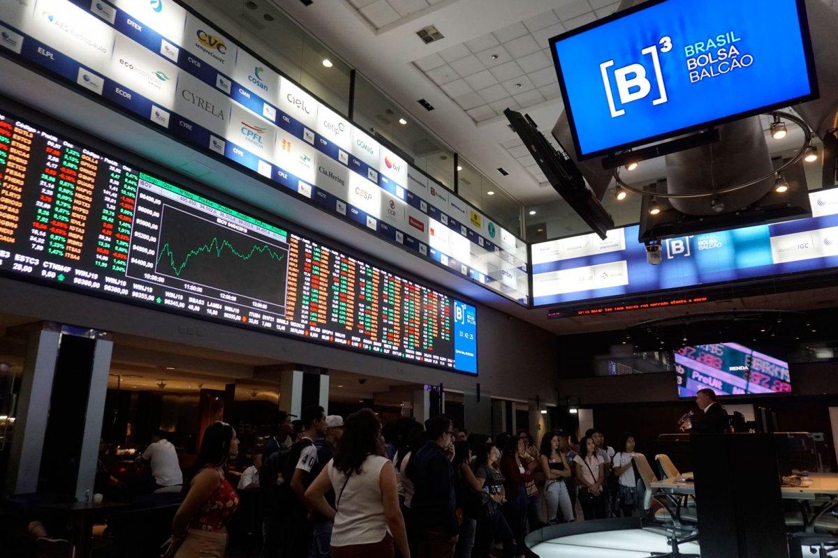 [Estatais perderem R$ 113,2 bilhões com turbulência envolvendo novo presidente da Petrobras]