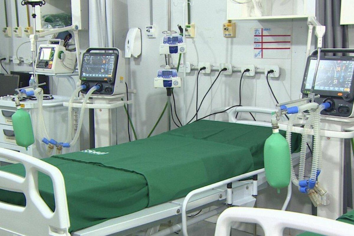 [ Salvador começa dia com UTIs em 82%, 866 pessoas internadas e 149 em ventilação mecânica]