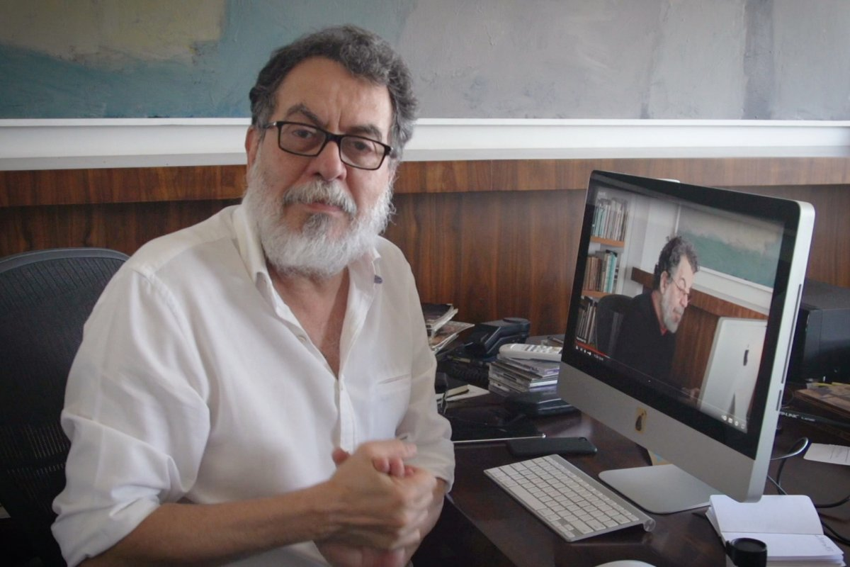 [Roteirista Jorge Furtado participa de curso inédito de criação de roteiro na nova plataforma b_arco on]