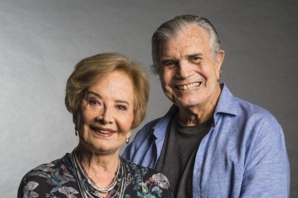 [Viva! Glória Menezes e Tarcísio Meira são vacinados contra a Covid-19]