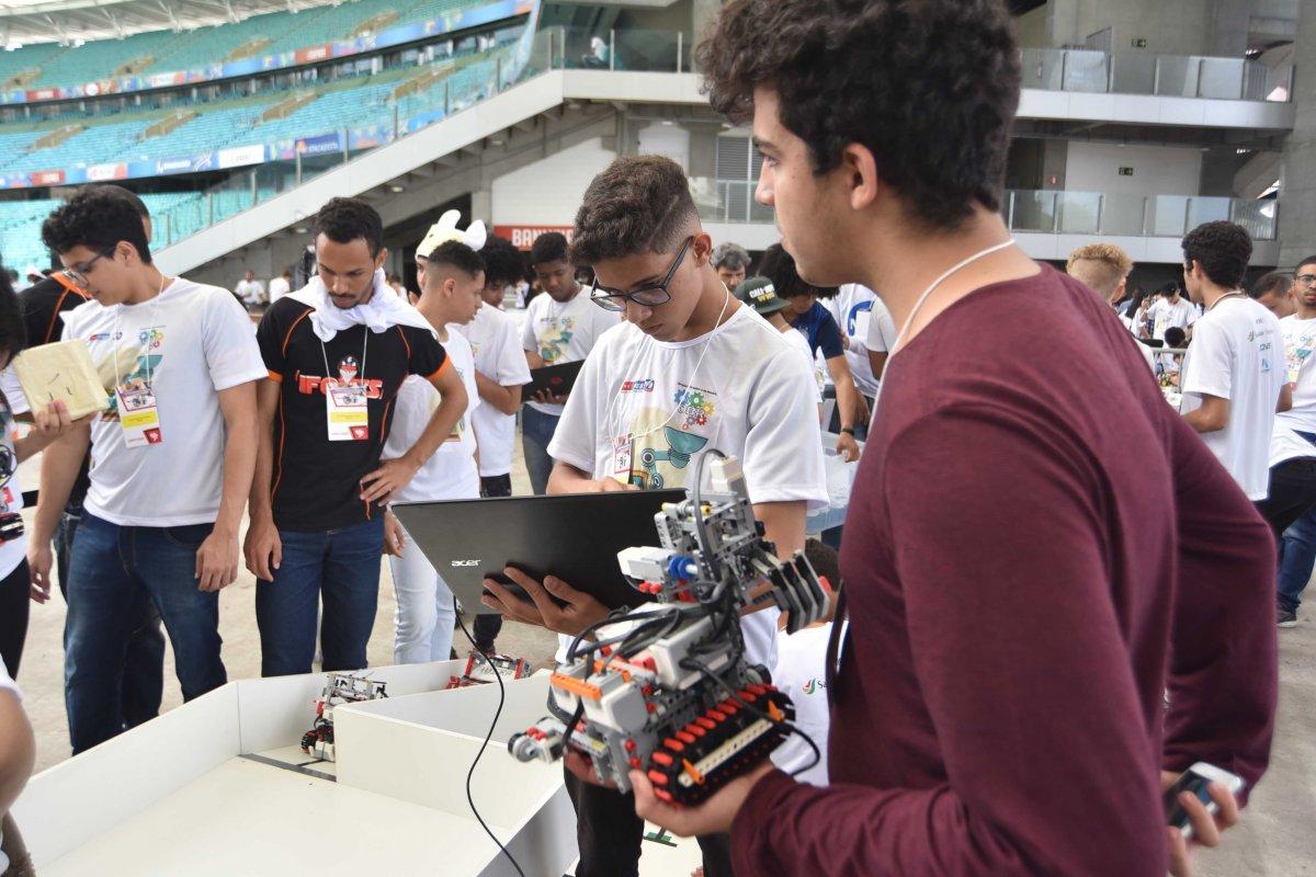 [Olimpíada Brasileira de Robótica em Salvador vai reunir mais de 800 competidores]