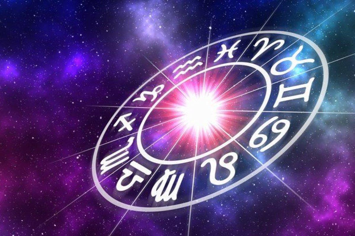 [ Confira o que os astros revelam sobre o seu signo]