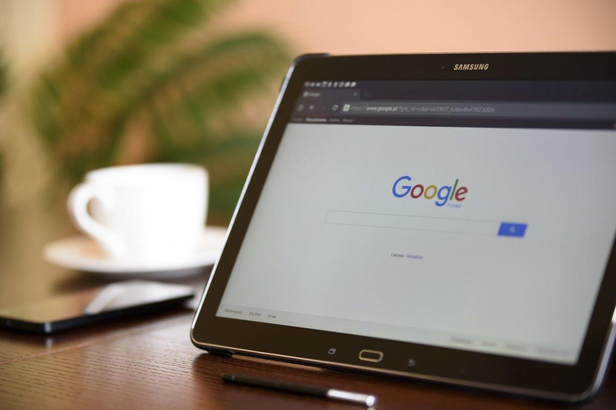 [Google é investigado pela UE por práticas anticompetitivas em ferramenta de empregos]