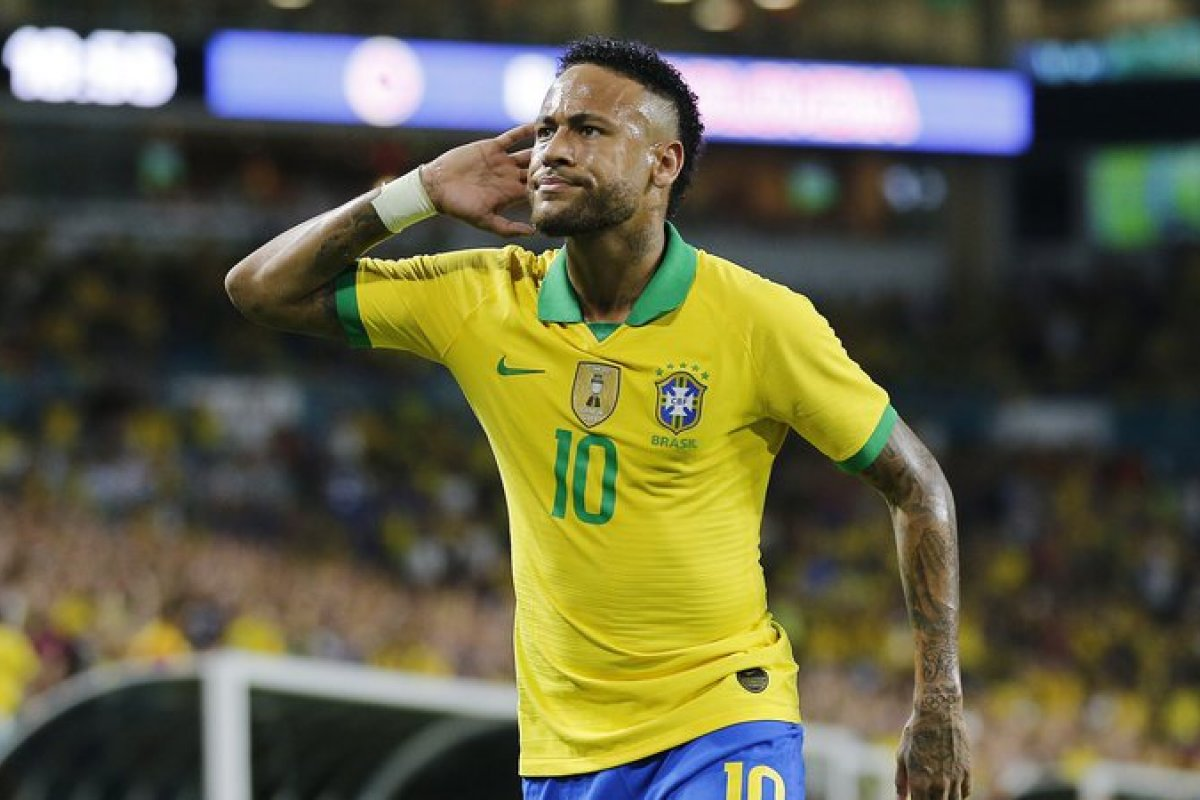 [Brasil mantém terceiro lugar no ranking de seleções da Fifa]