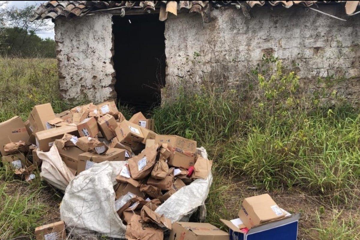 [Caminhão com carga de remédios avaliados em R$ 800 mil é recuperado pela polícia]