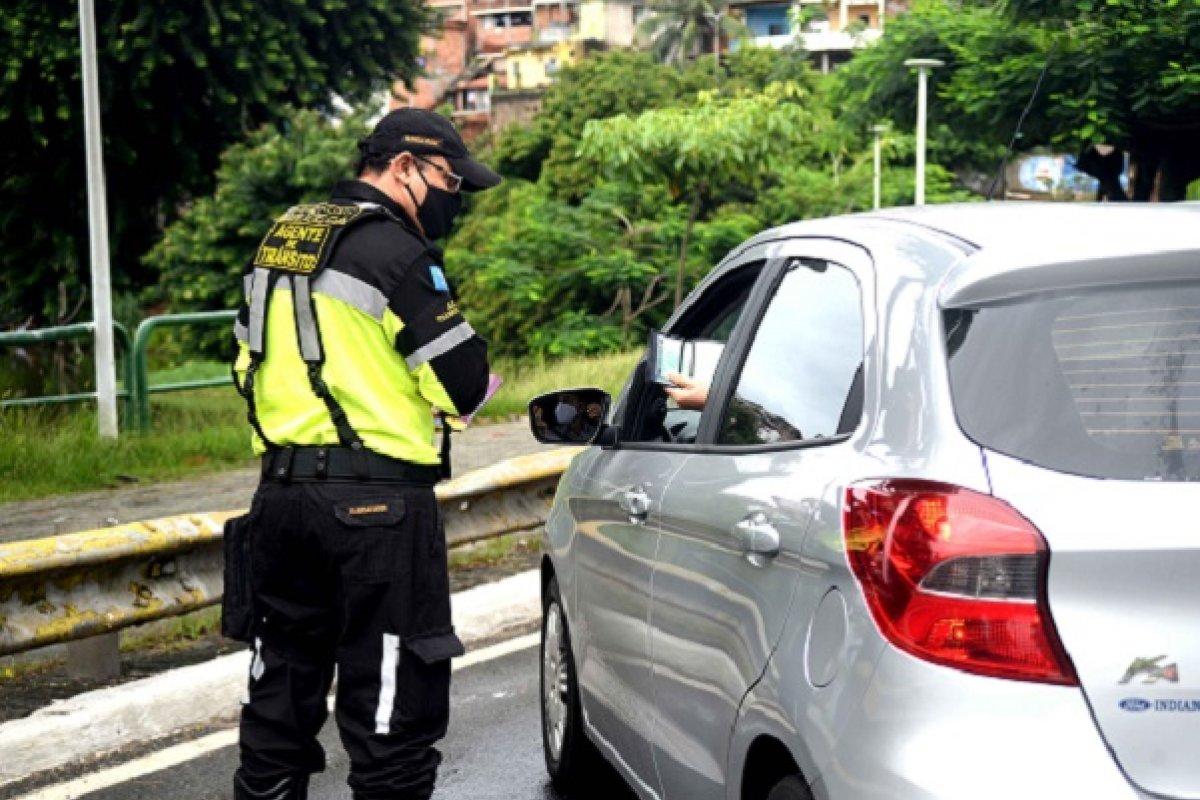 [Mais de 700 motoristas já foram autuados na blitz da 'Lei Seca' em Salvador]
