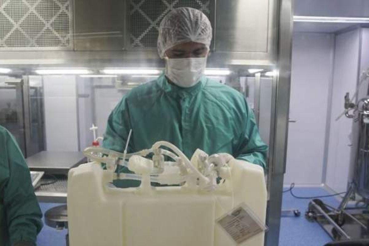 [Novo carregamento de IFA que chegará no sábado garante vacinas até 2 de junho, diz Fiocruz]