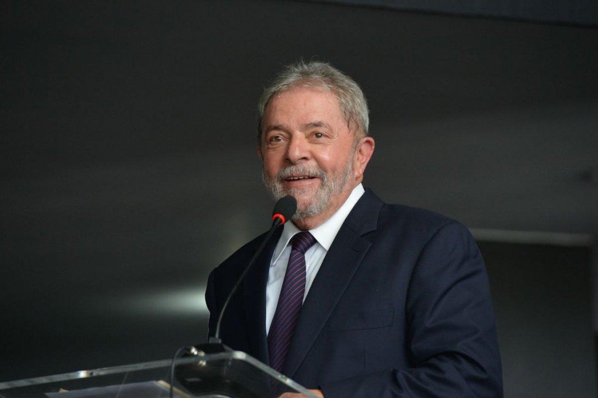[STF forma maioria e decide enviar processos de Lula para Justiça do DF]