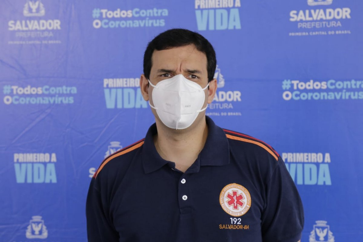 [Leo Prates critica terminologia utilizada pelo Ministério da Saúde para pessoas com Síndrome de Down]
